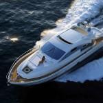 bateau de plaisance en mer